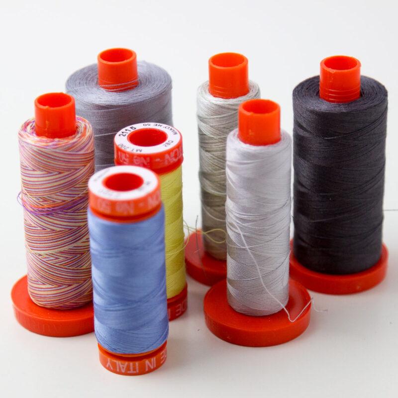 nici bawełniane  Aurifil 50